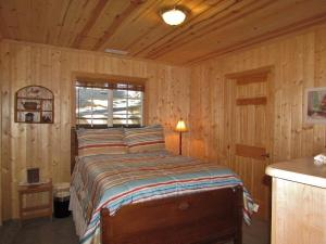 050 Mountain Getaway Home, Holiday homes  Big Bear Lake - big - 14