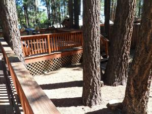 050 Mountain Getaway Home, Holiday homes  Big Bear Lake - big - 11