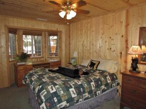 050 Mountain Getaway Home, Holiday homes  Big Bear Lake - big - 7