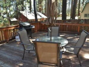 050 Mountain Getaway Home, Holiday homes  Big Bear Lake - big - 6