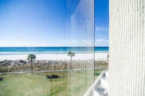 Top of the Gulf 317 Condo, Apartments  Panama City Beach - big - 17