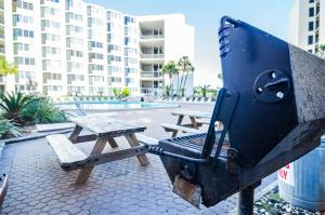 Top of the Gulf 317 Condo, Apartments  Panama City Beach - big - 5