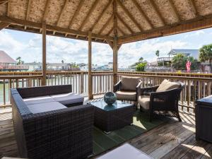 Canal House, Holiday homes  Galveston - big - 7
