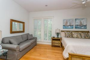 658 Oglethorpe Avenue Apartment, Apartments  Saint Simons Island - big - 12