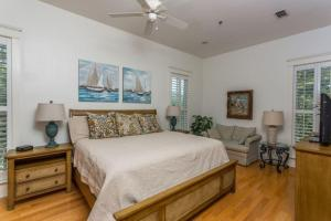 658 Oglethorpe Avenue Apartment, Apartments  Saint Simons Island - big - 5