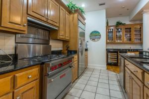 658 Oglethorpe Avenue Apartment, Apartments  Saint Simons Island - big - 20