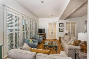 658 Oglethorpe Avenue Apartment, Apartments  Saint Simons Island - big - 22
