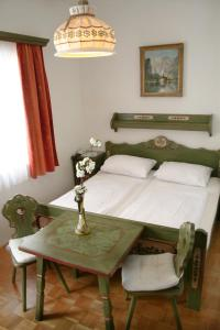 Adlerhof, Bed and breakfasts  Salzburg - big - 6