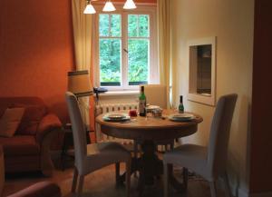Haus Hubertus, Ferienwohnungen  Ostseebad Boltenhagen - big - 13