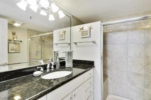 Trillium #4A Condo, Apartments  St Pete Beach - big - 9