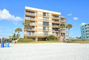 Trillium #4A Condo, Apartments  St Pete Beach - big - 8