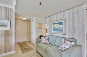 Trillium #4A Condo, Apartments  St Pete Beach - big - 7