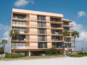 Trillium #4A Condo, Apartments  St Pete Beach - big - 3