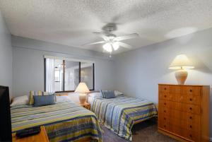 Lands End #204 building 9 Condo, Apartments  St Pete Beach - big - 23