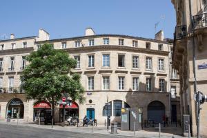 Place du Palais 3°, Ferienwohnungen  Bordeaux - big - 13