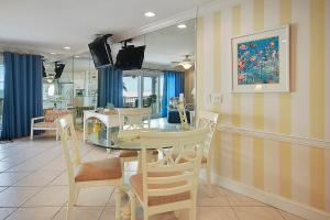 Sunset Villas Unit #1 Condo, Apartments  Clearwater Beach - big - 16