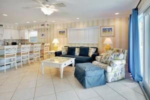Sunset Villas Unit #1 Condo, Apartments  Clearwater Beach - big - 14