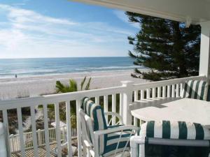 Sunset Villas Unit #1 Condo, Apartments  Clearwater Beach - big - 12