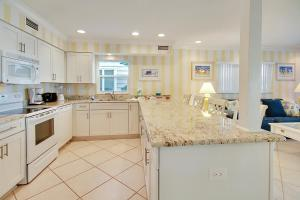 Sunset Villas Unit #1 Condo, Apartments  Clearwater Beach - big - 5