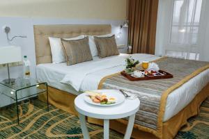 Hotel Kazzhol Almaty, Hotely  Almaty - big - 18