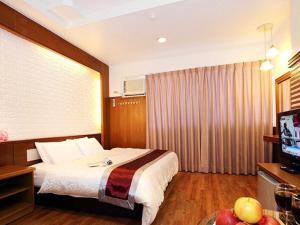 Sun Moon Lake Honeymoon Hotel, Szállodák  Jücsi - big - 1