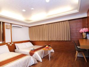 Sun Moon Lake Honeymoon Hotel, Szállodák  Jücsi - big - 16