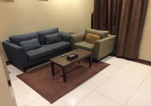 Drr Ramah Suites 7, Aparthotely  Rijád - big - 9