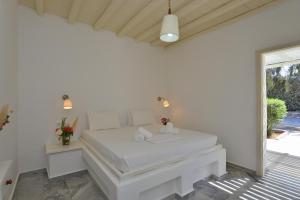 Surfing Beach Village Paros, Hotel  Santa Maria - big - 17