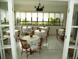 Pousada Jardim Porto Belo, Guest houses  Porto Belo - big - 82