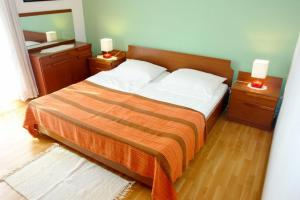 Apartment Leticija, Дома для отпуска  Бол - big - 16