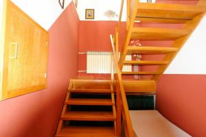 Apartment Leticija, Holiday homes  Bol - big - 22