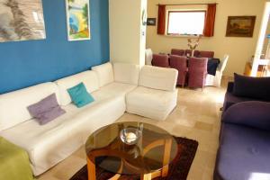 Apartment Leticija, Holiday homes  Bol - big - 31
