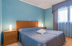 Guesthouse Lovrecica (4245), Apartmány  Lovrečica - big - 26
