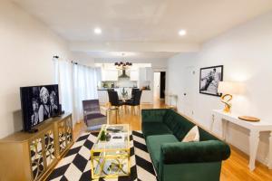 Chateau Monroe #1, Appartamenti  Los Angeles - big - 13