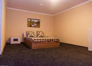 Отель Югра 86, Нягань