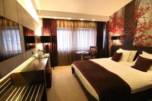 Queen's Hotel, Hotels  Skopje - big - 9