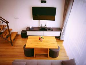 Holiday Inn Apartment, Apartments  Sibiu - big - 27