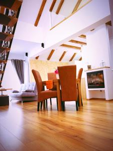 Holiday Inn Apartment, Apartments  Sibiu - big - 29