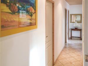 Three-Bedroom Holiday Home in La Tranche sur Mer, Ferienhäuser  La Tranche-sur-Mer - big - 7