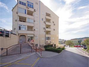 Apartment Makarska 12, Apartmanok  Makarska - big - 7