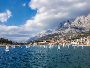 Apartment Makarska with Sea View XII, Апартаменты  Макарска - big - 2