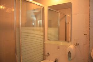 Hotel Kristel Park - All Inclusive Light, Отели  Кранево - big - 19