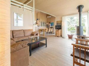 Three-Bedroom Holiday Home in Farevejle, Nyaralók  Fårevejle - big - 17