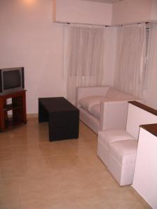 Departamentos El Pasaje, Apartmány  Balneario Claromecó - big - 11