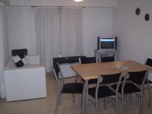 Departamentos El Pasaje, Apartmány  Balneario Claromecó - big - 19