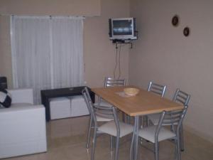 Departamentos El Pasaje, Apartmány  Balneario Claromecó - big - 24