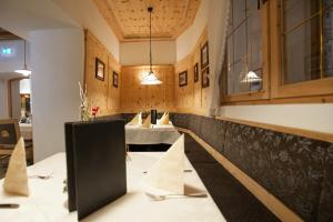 Gasthof zum goldenen Löwen, Penziony – hostince  Nauders - big - 25