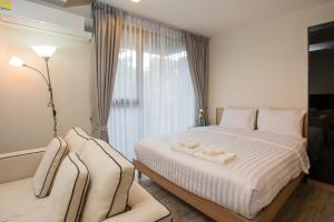 The Deck Condo Patong by VIP, Apartmány  Patong - big - 28