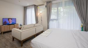 The Deck Condo Patong by VIP, Apartmány  Patong - big - 30