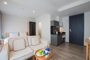 The Deck Condo Patong by VIP, Apartmány  Patong - big - 31